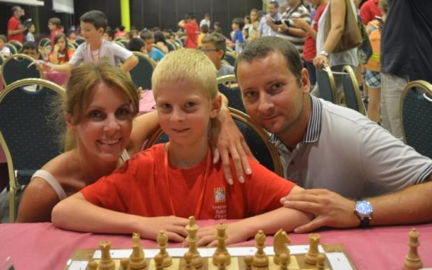 Manuel Ermachenko campeón de España sub10 de ajedrez rápido
